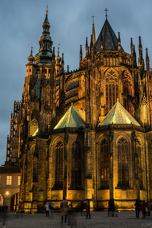 Prague Caslte at dusk