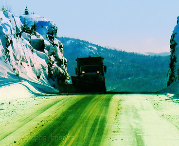 Winter Highway, Travel on the Trans Canada Highway, Snowplow