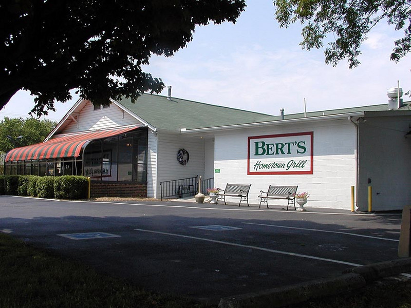 We ate lunch at Bert's Hometown Grill. Second time we've eaten there and both times were fantastic. Great food. Great prices and service. Clean as a pin! Located on Hwy 411 in Madisonville, TN.