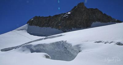 Crevasse Valle blanche