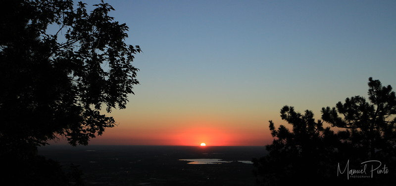 Sunrise above Boulder on the way to the hike