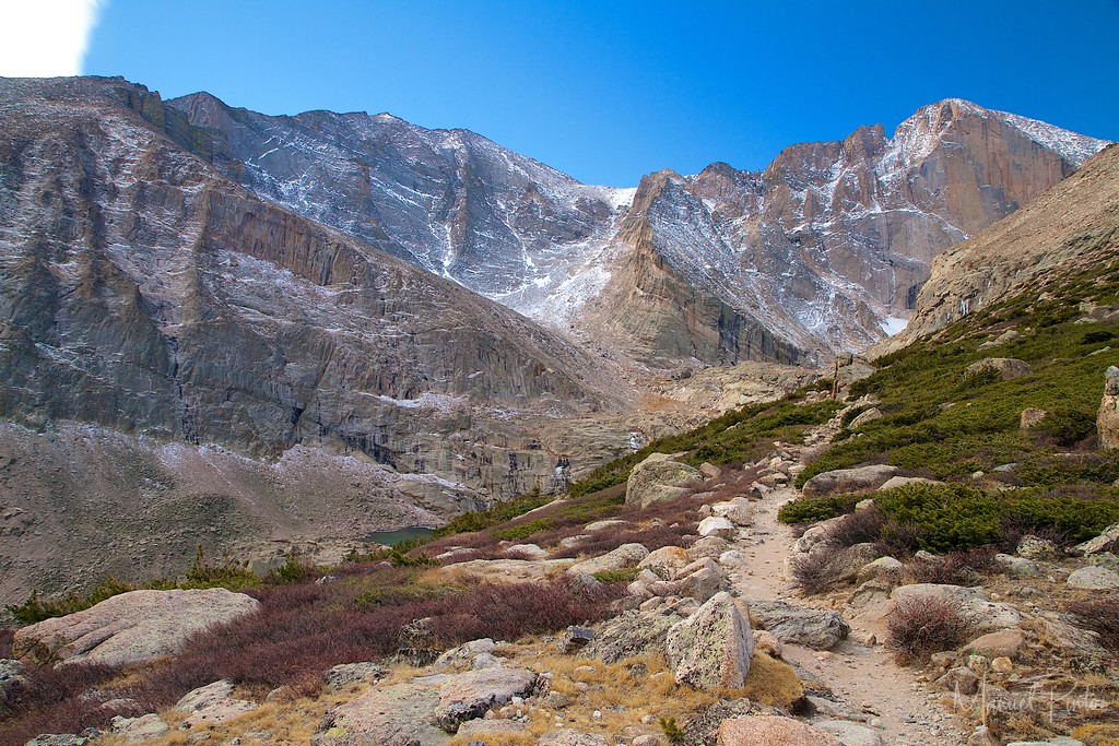 Trail to Chasm Lake with the first glimpse of Peacock Pool