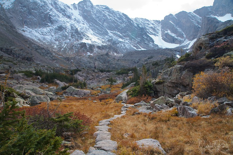 Trail between Glass Lake and Sky Pond - end of September