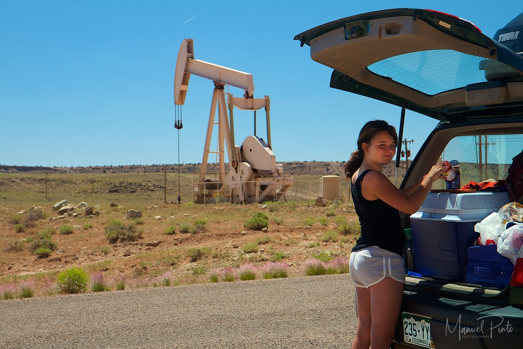 Time for a snack...near one of many oil wells