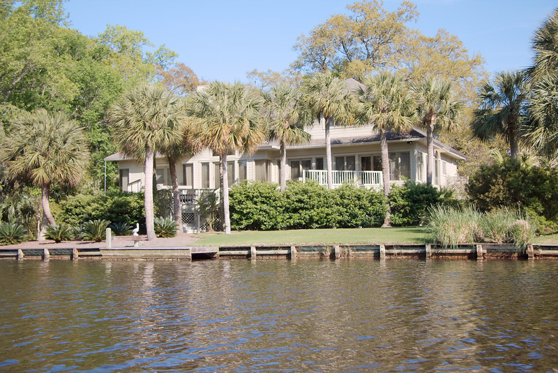 Pleasant real estate at Palmetto Dunes
