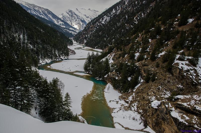 "Taken at Latitude/Longitude:31.046530/78.821387. 6.77 km North-West Bhaironghāti Uttarakhand India <a href=""http://www.geonames.org/maps/google_31.046530_78.821387.html""> (Map link)</a>"