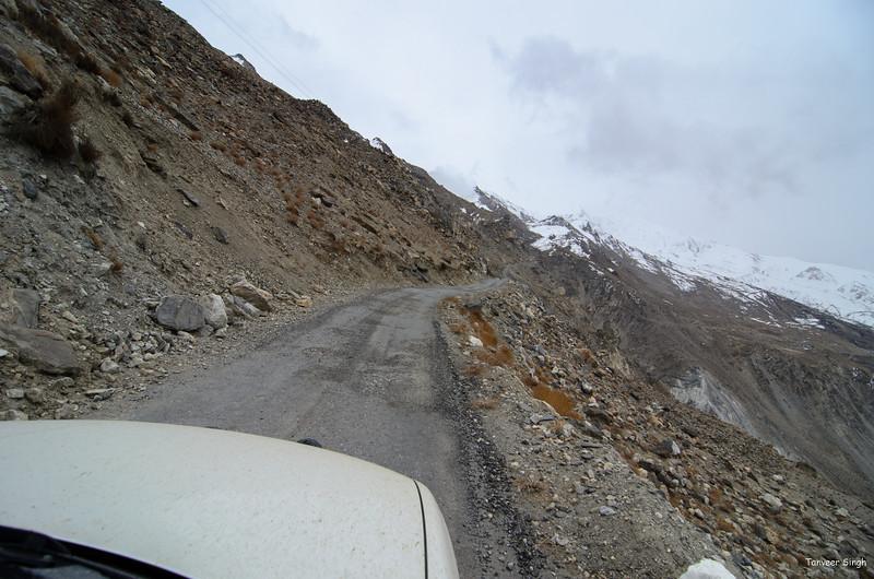 "Taken at Latitude/Longitude:31.914249/78.619713. 2.83 km North Nako Himachal Pradesh India <a href=""http://www.geonames.org/maps/google_31.914249_78.619713.html""> (Map link)</a>"