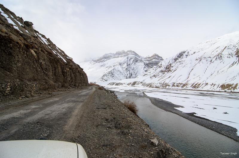 "Taken at Latitude/Longitude:32.196326/78.086178. 3.04 km South-East Kaja Himachal Pradesh India <a href=""http://www.geonames.org/maps/google_32.196326_78.086178.html""> (Map link)</a>"