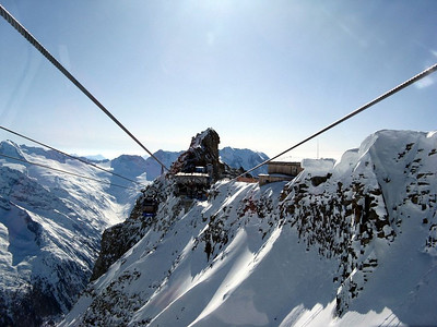 Cable car to the top of the Hintertux Ski Area (southern summit of Gefrorene Wand).