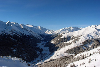 View of Tuxertal seen from the top of the Hintertux Ski Area toward the villagess of Madseit and Juns.