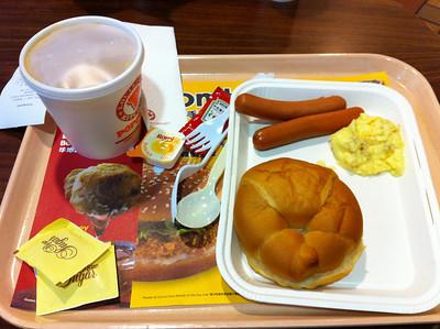 香港機場的一份早餐