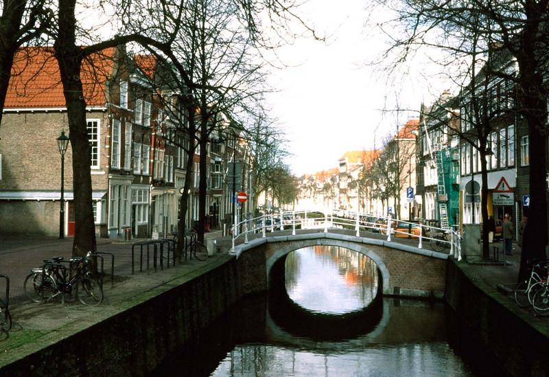 Delft16a