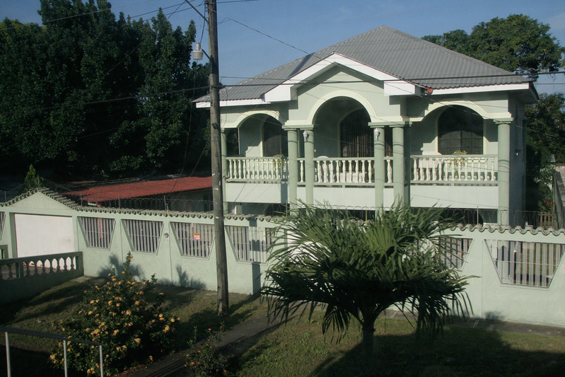 A really nice house on the road from Tela to SPS.