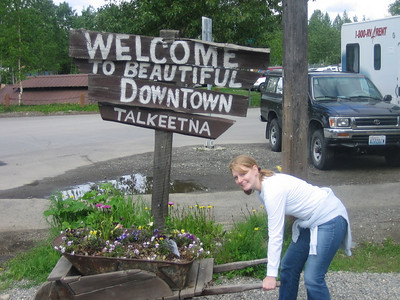 "Welcome to the Beautiful ""Downtown"" Talkeetna"