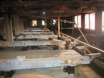 Shaker Tables in the Mill.