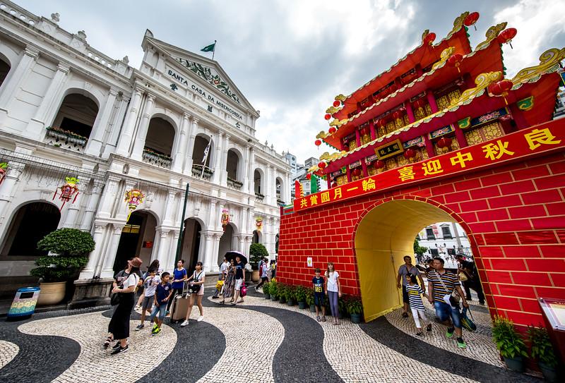 Macau Portuguese and Chinese