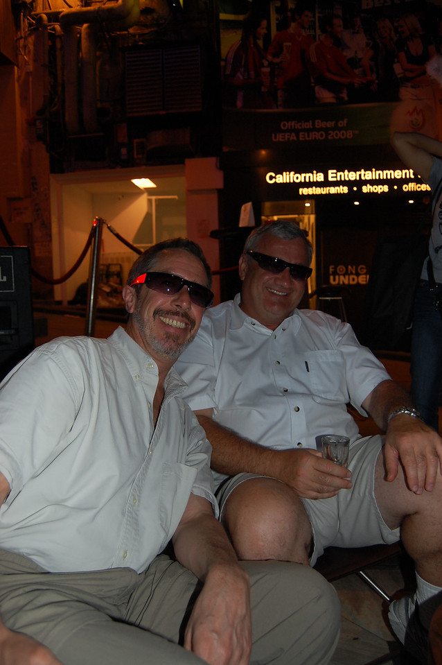 The Blues Brothers down in Lan Kwai Fong!