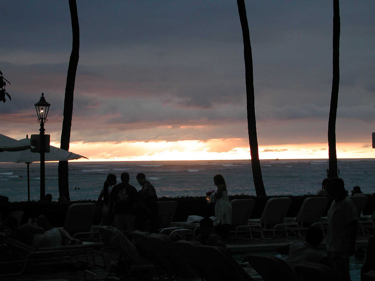 Lots of sunset pics, but no green flash.