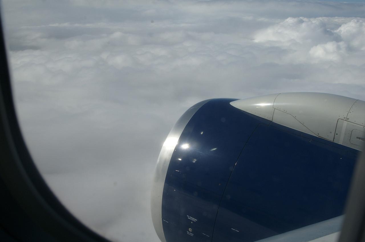 Flying in to Honolulu.