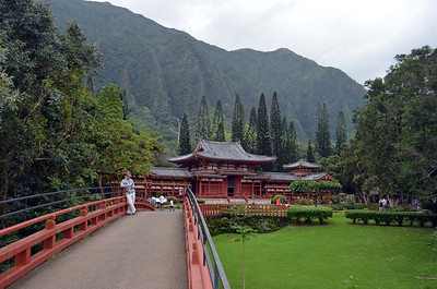 The Byodo-In Temple, Valley of the Temples Memorial Park Kahaluu, O'ahu, Hawaii