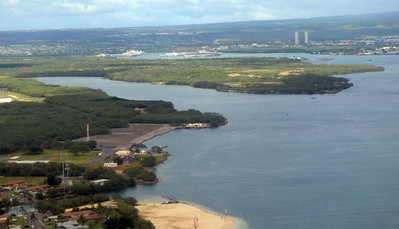 Flying past Pearl Harbor on Honolulu Landing