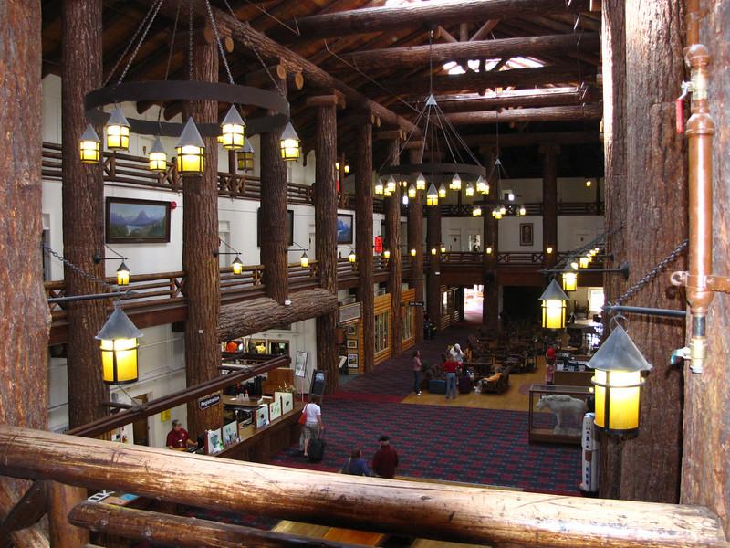 Glacier Park Lodge