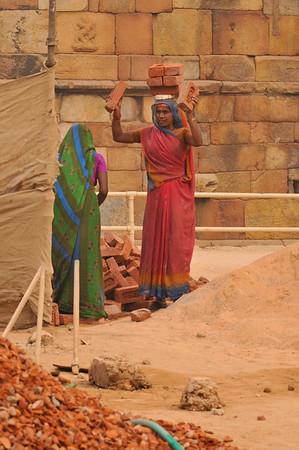 _DSC8527_women_workers