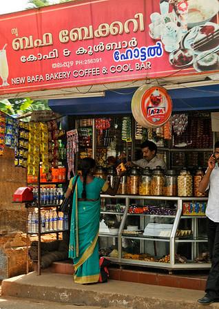 _DSC4735_roadside_store