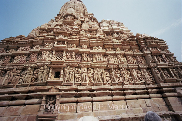 Carvings on the Jain temple.