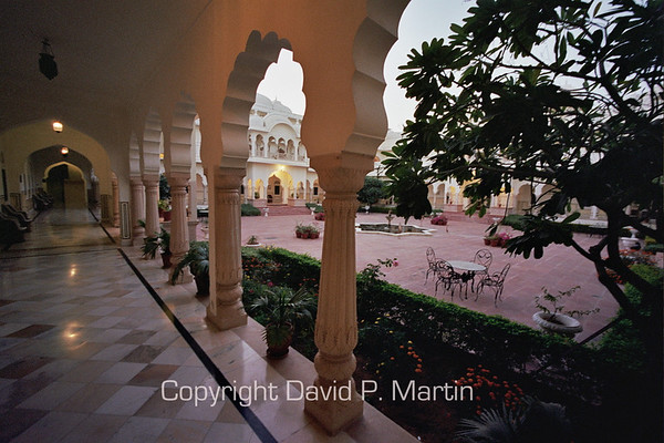 Courtyard of the Nahargarh Hotel, Ranthambhore.