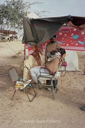 Barbershop at the livestock fair in Nagaur in Rajasthan.