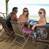 2018-02-16_Bali_39_Balangan Beach_Justin_Lyndall_Marian.JPG