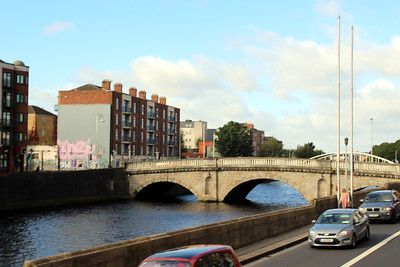 the River Liffey flowing through Dublin