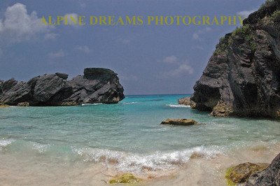 There are some famous beaches to be found at Bermuda. This beach was outstanding. Just look at it!