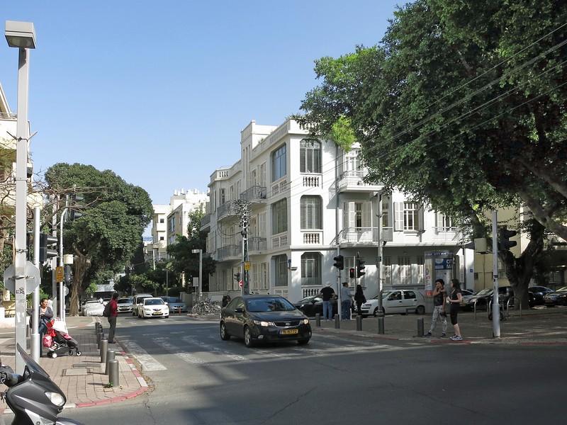 Balfour Street crossing Rothschild Boulevard