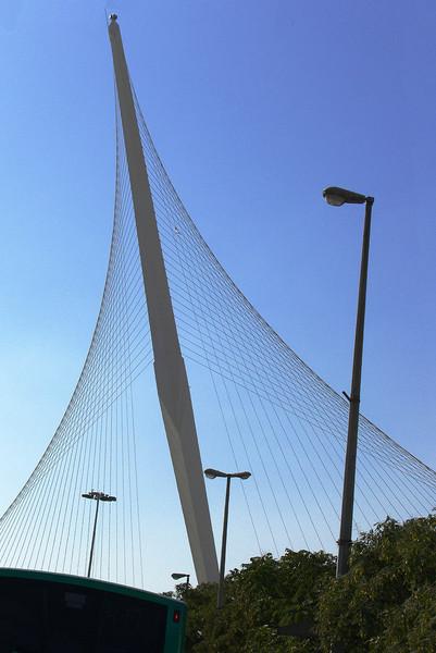 52-Chords Bridge, Calatrava. (L'hitraot, Yerushaláyim.)