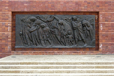 "21-Warsaw Memorial, ""The Last March,"" depicts the mass deportation of the Jews to the death camps."