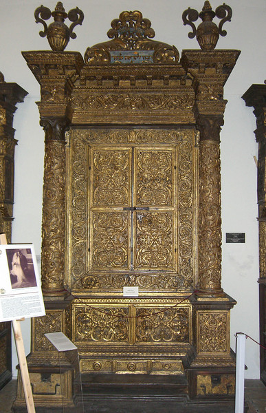 63-This is the oldest Italian Torah Ark in Israel, from the Great Synagogue, Mantova, 1543.