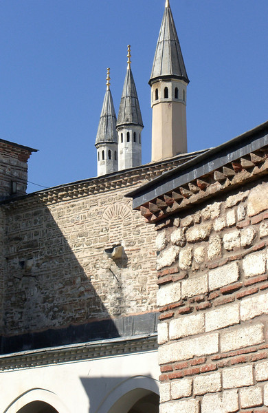 14-Topkapi, minarets seen from Haghia Eirene (right), a 6th century Byzantine church that was never converted to a mosque.