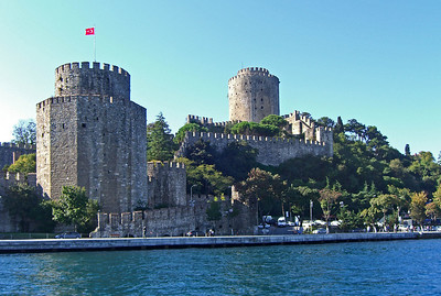 40-Rumeli Fortress. We've now passed under the bridge and are turning around and heading south to harbor at Eminonu.