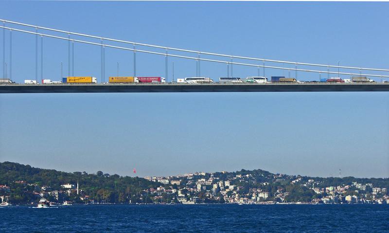 38-Traffic stalled on E-80 Bridge