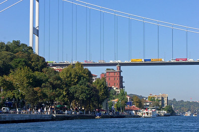 37-Stalled traffic on Fatih Sultan Mehmet E-80 Bridge