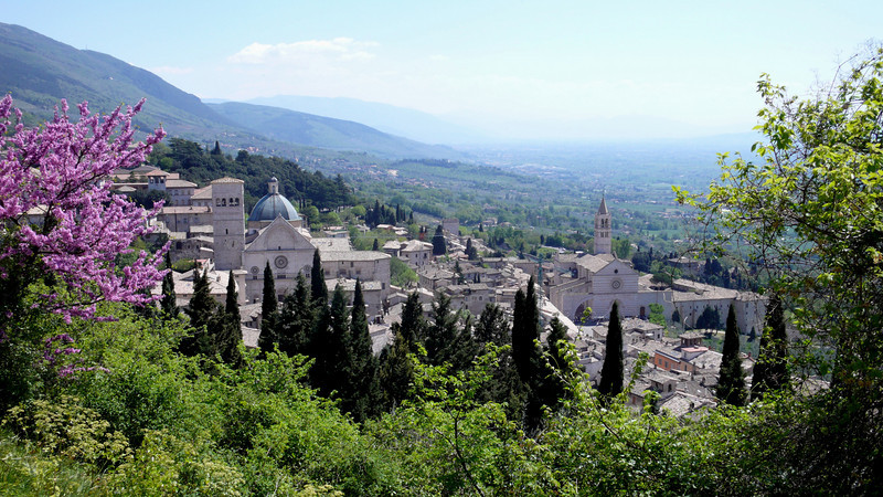 Italy. Hike down hills at Assisi....