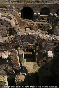 Colosseum  Under the arena floor were: catacombsfor galdiators, Christians, etc., animals and thier Roman guards