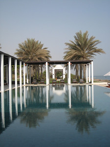 Too gorgeous for words, the Chedi pool in the early a.m.