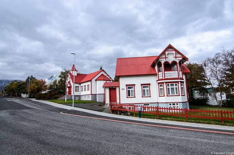 "Taken at Latitude/Longitude:65.677380/-18.092248. 0.72 km South-West Akureyri Northeast Iceland <a href=""http://www.geonames.org/maps/google_65.677380_-18.092248.html""> (Map link)</a>"