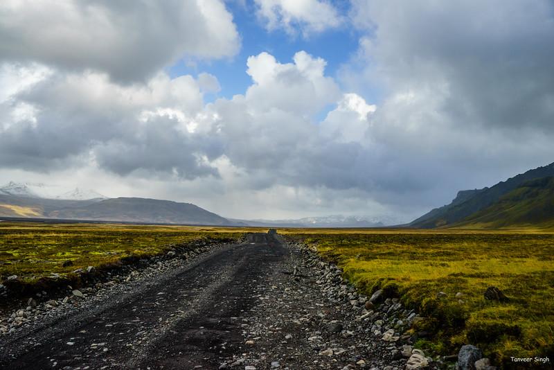 "Taken at Latitude/Longitude:63.676021/-19.815331. 21.87 km East Hvolsvollur South Iceland <a href=""http://www.geonames.org/maps/google_63.676021_-19.815331.html""> (Map link)</a>"