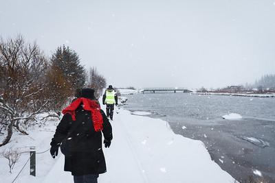 Hiking In The Snow, Þingvellir