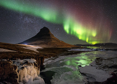 Kirkjufell under the Northern Lights