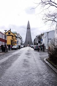 Walking up to the Hallgrímskirkja church.